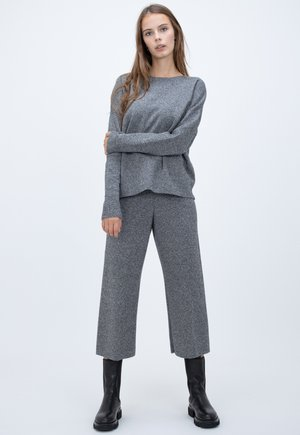 SPOOK - Trousers - grey