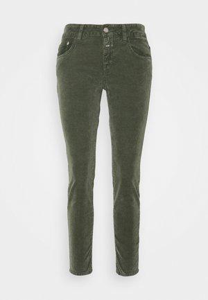 BAKER - Pantalones - lentil