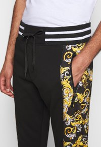 Versace Jeans Couture - Trainingsbroek - nero - 5