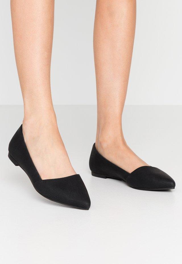 TAITENSIS - Ballet pumps - black