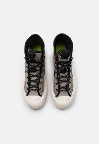 Converse - BOSEY UNISEX - Zapatillas altas - malted/black/egret - 3