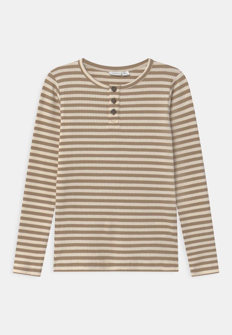 Name it - NMMTARTU - Langærmede T-shirts - kelp