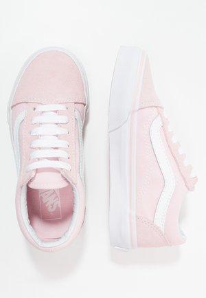 OLD SKOOL - Zapatillas - chalk pink/true white