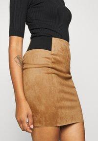 Vero Moda - VMCAVA SKIRT - Mini skirt - tobacco brown - 4