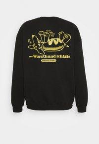 Vintage Supply - MR WURSTHUND SCHLAFT - Sweatshirt - black - 1