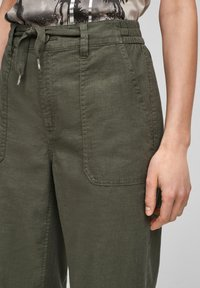 QS by s.Oliver - Trousers - khaki - 5