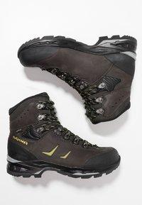 Lowa - CAMINO GTX - Hiking shoes - anthrazit/kiwi - 1