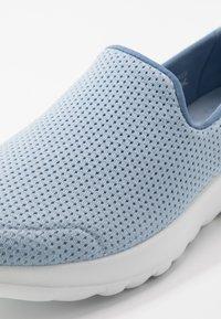 Skechers Performance - GO WALK JOY ADMIRABLE - Zapatillas para caminar - light blue - 5