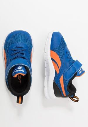 RUSH RUNNER 3.0 - Neutral running shoes - vector blue/black