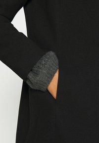 Vero Moda - VMDAFNEDORA - Wollmantel/klassischer Mantel - black - 5
