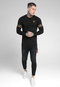 SIKSILK - TECH SCRIPT TEE - Long sleeved top - black/gold - 1