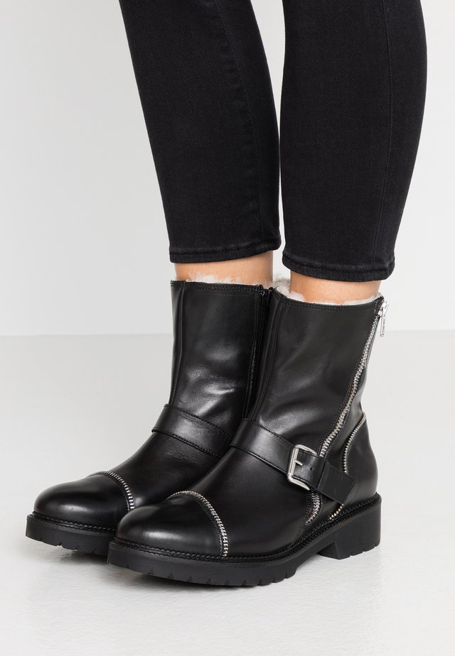 RUDIE - Classic ankle boots - black