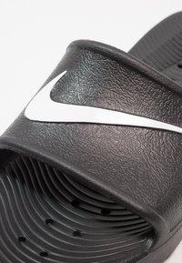 Nike Sportswear - KAWA SHOWER - Badslippers - black/white - 5