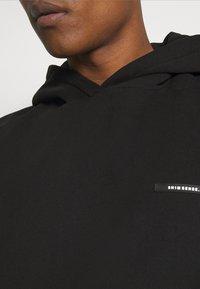 9N1M SENSE - BUTTERFLY CLOUDS HOODIE UNISEX - Sweat à capuche - black - 3