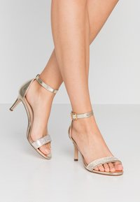 Dorothy Perkins - BLINGER TRIM  - Sandaler - gold - 0