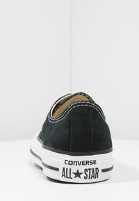 Converse - CHUCK TAYLOR ALL STAR OX - Sneakersy niskie - black - 3