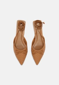 Who What Wear - EVELYN - Pantofle - camel - 4