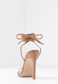 Steve Madden - UPLIFT - Sandaler med høye hæler - camel - 5