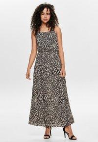 ONLY - ONLWINNER - Maxi dress - pumice stone - 0