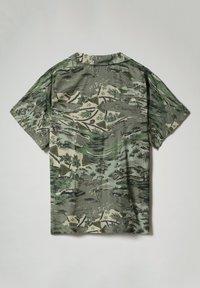 Napapijri - G-MAUI - Button-down blouse - camo green - 7