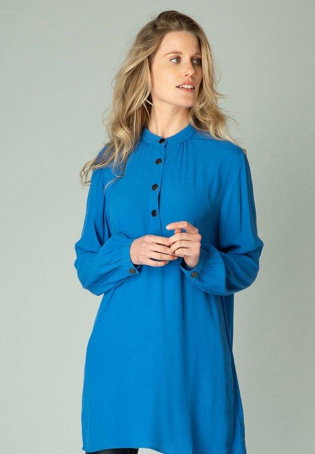 GILANA - Tuniek - bright blue