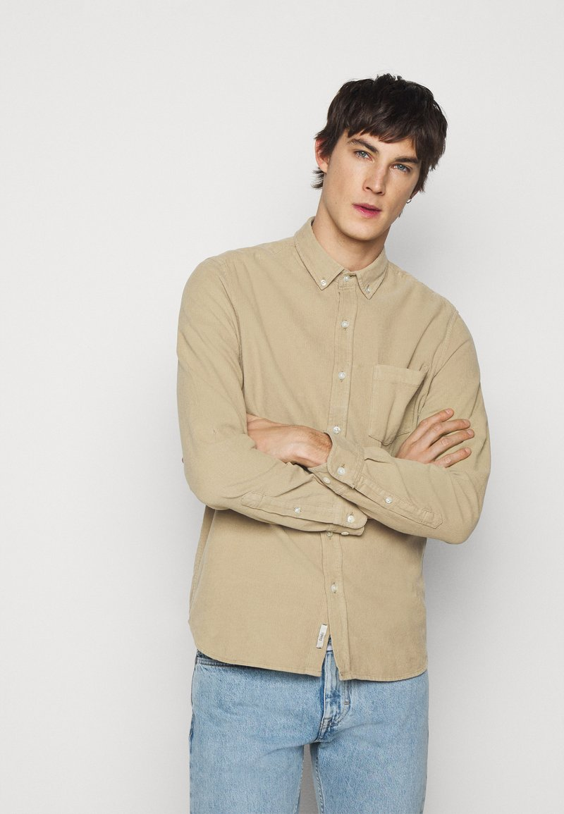 forét - MOSS SHIRT - Shirt - beige