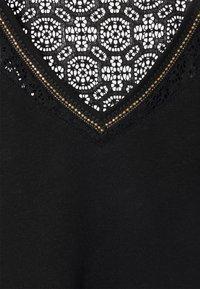 Morgan - DELAN - Print T-shirt - noir - 3