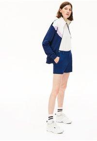 Lacoste - Shorts - bleu marine / blanc - 2