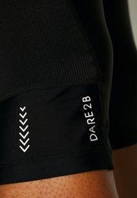 Dare 2B - WORLDLY CAPRI - 3/4 sportsbukser - black/white - 3