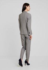 Esprit Collection - CHECK - Blazer - black - 2
