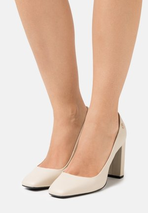 SQUARE TOE - Avokkaat - classic beige