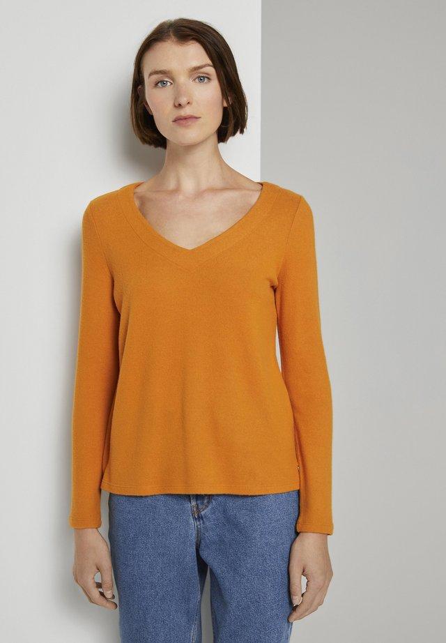 Jumper - orange yellow