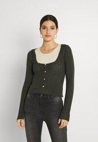 Fashion Union - ELISHA - Cardigan - khaki - 0