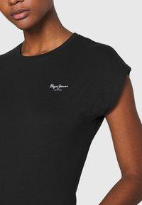 Pepe Jeans - BLOOM - Basic T-shirt - black - 5