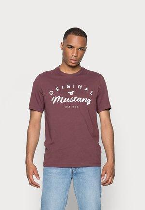 ALEX - T-shirt print - sassafras