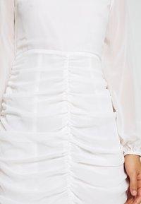 NA-KD - GATHERED BALLOON SLEEVE DRESS - Juhlamekko - white - 5