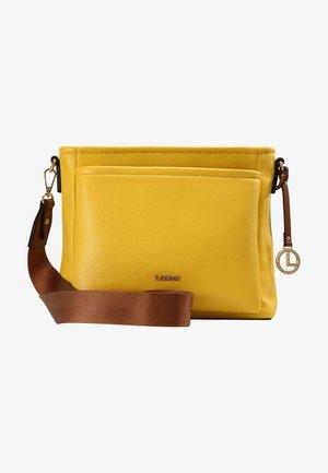 UMHÄNGETASCHE GENNY - Across body bag - lemon