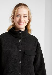 The North Face - WOMENS CRAGMONT JACKET - Fleece jacket - black - 3