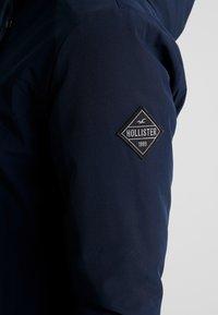 Hollister Co. - LUXE ALL WEATHER JACKET - Lehká bunda - navy - 6