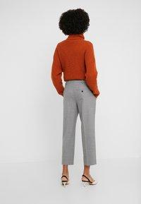 DRYKORN - BEGIN - Trousers - hell grau - 2