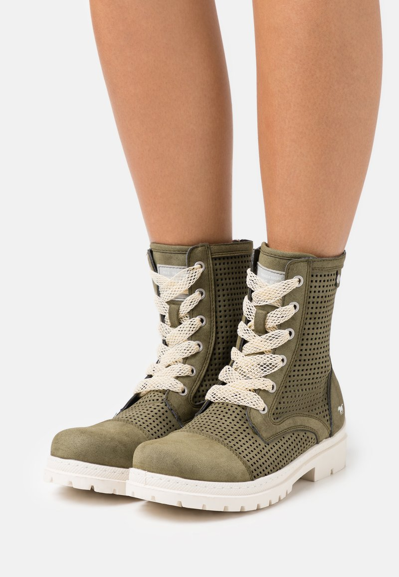 Mustang - Lace-up ankle boots - oliv