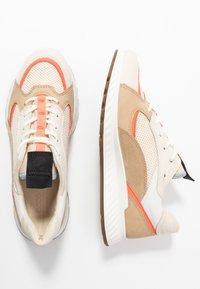 ECCO - ECCO ST.1 W - Trainers - vanilla/coral neon/beige - 3