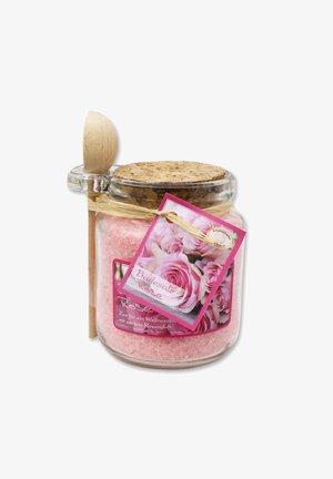 BADESALZ ROSE DIANA IM GLAS MIT HOLZLÖFFEL 300 G - Bubble bath & soak - rosa