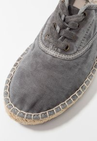 Natural World - Espadrillas - gris enz - 2