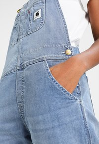 Carhartt WIP - OVERALL - Tuinbroek - blue light stone washed - 6