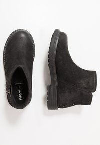 Geox - ECLAIR GIRL - Kotníkové boty - black - 0