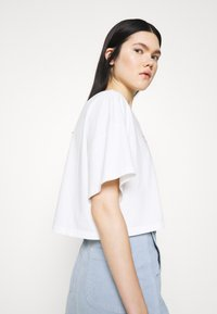 Abrand Jeans - OVERSIZED VINTAGE - Print T-shirt - white sand - 3