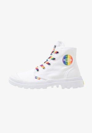 PAMPA PRIDE - Sneakersy wysokie - white/rainbow