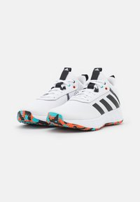 adidas Performance - OWN THE GAME 2.0 BASKETBALL LIGHTMOTION SHOES UNISEX - Basketball shoes - footwear white/core black/true orange - 1