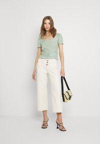 Trendyol - Pantalones - ecru - 1